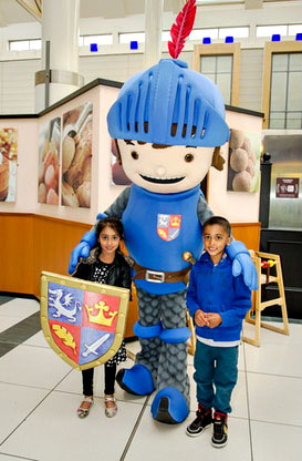 Mike the Knight with Anniyah and Asim Hussain.